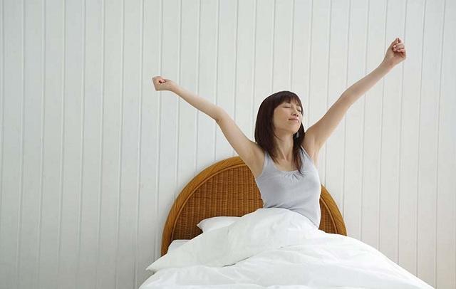Hallássérültek és a Smart Home http://www.hellawella.com/sites/hellawella.com/files/styles/default/public/images/house/House_WakingUp.jpg?itok=39QGlIdO