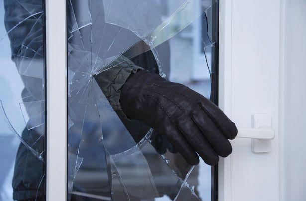 Hallássérültek és a Smart Home http://i1.mirror.co.uk/incoming/article5254479.ece/ALTERNATES/s615b/GettyImages_71989838.jpg